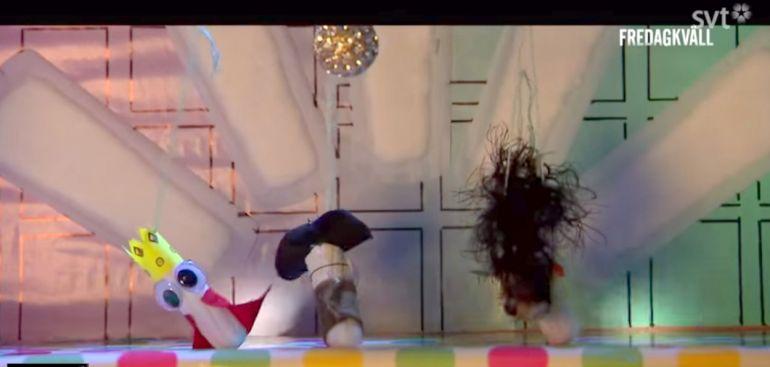 Калейдоскоп, Хор танцующих тампонов используют для рассказа шведским детям о менструации | Хор танцующих тампонов используют для рассказа шведским детям о менструации