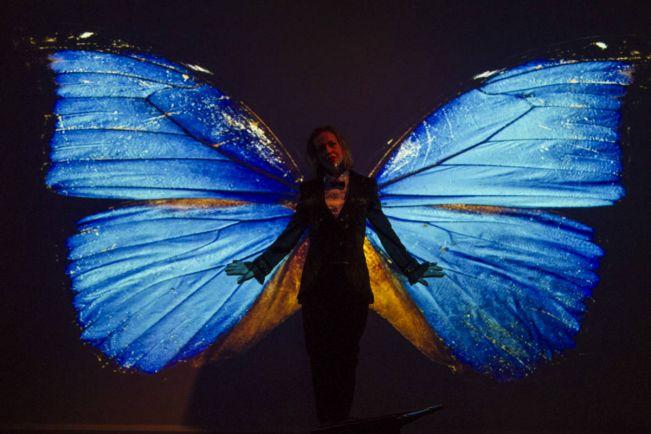 Культура, В Национальном театре Хельсинки покажут новый способ делать «селфи» | В Национальном театре Хельсинки покажут новый способ делать «селфи»