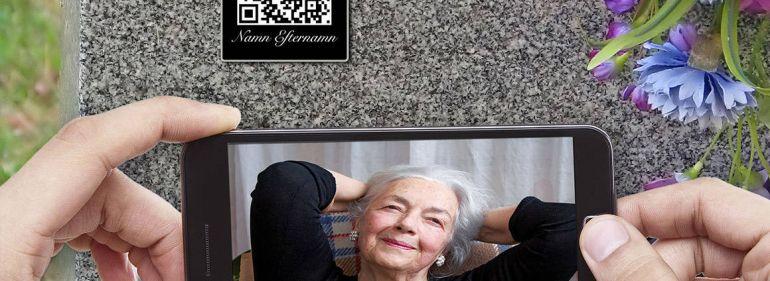 Общество, На могильных памятниках в Швеции всё чаще появляются QR-коды | На могильных памятниках в Швеции всё чаще появляются QR-коды