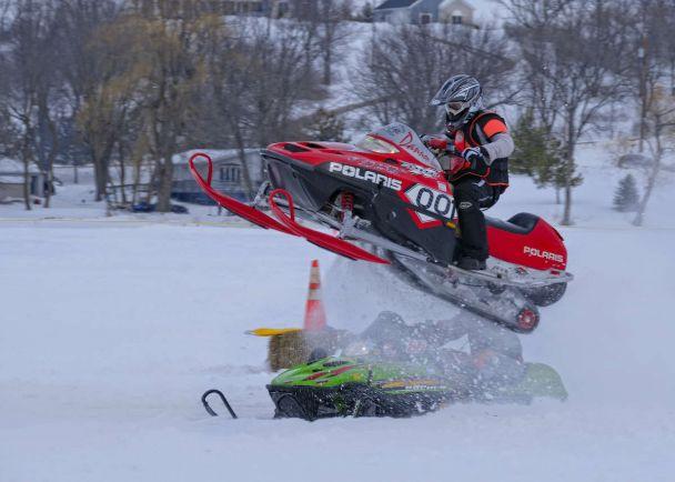 Полезная информация, Водителей снегоходов и квадроциклов в Швеции обяжут ездить в шлемах | Водителей снегоходов и квадроциклов в Швеции обяжут ездить в шлемах