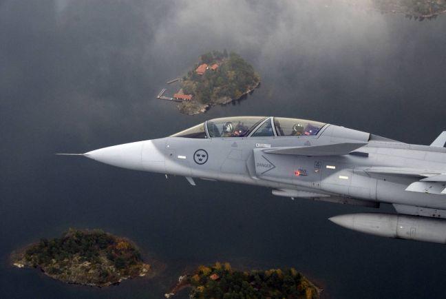 Общество, Шведские ВВС первыми в мире получат на вооружение «летающий смартфон» | Шведские ВВС первыми в мире получат на вооружение «летающий смартфон»