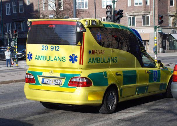 Общество, Шведы недовольны работой скорой помощи | Шведы недовольны работой скорой помощи