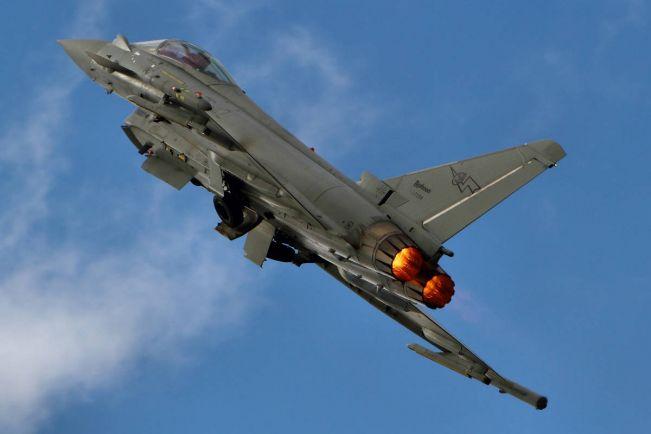 Калейдоскоп, Производители истребителей вступили в бой за Данию | Производители истребителей вступили в бой за Данию