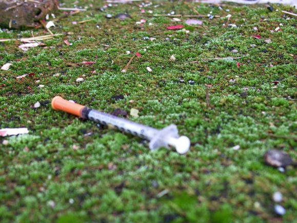 Общество, Кабинки для инъекций спасли жизни трём сотням датских наркоманов | Кабинки для инъекций спасли жизни трём сотням датских наркоманов