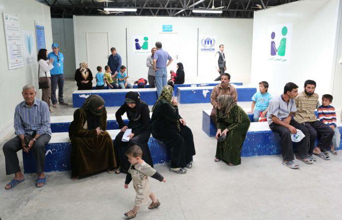 Общество, Дания хочет отправлять беженцев за границу |