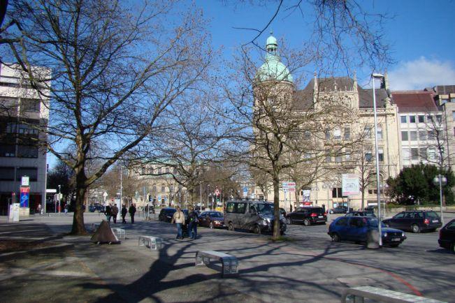 Калейдоскоп, Норвежский пенсионер три недели искал свою машину на улицах Ганновера | Норвежский пенсионер три недели искал свою машину на улицах Ганновера