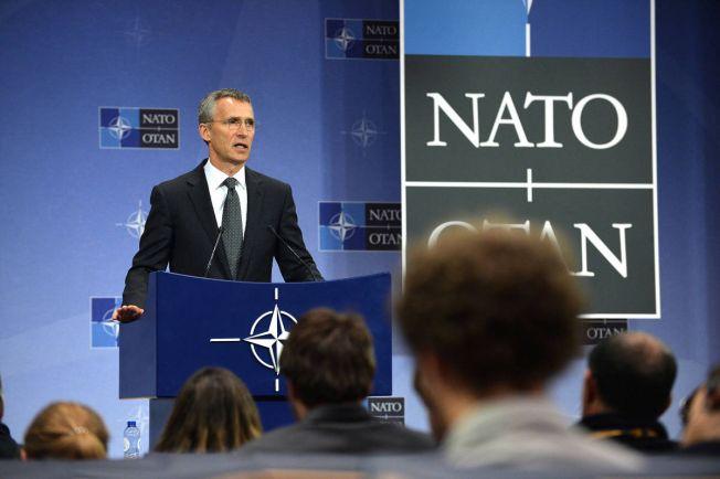 Общество, Генсек НАТО в молодости участвовал в протестах против НАТО | Генсек НАТО в молодости участвовал в протестах против НАТО