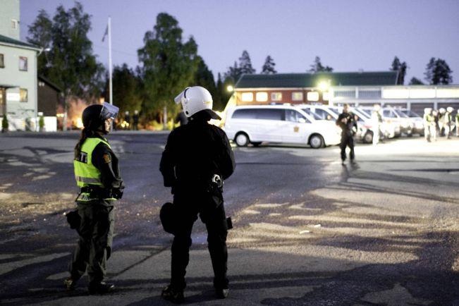 Общество, Несовершеннолетним беженцам-бунтовщикам в Норвегии грозит тюрьма или депортация | Несовершеннолетним беженцам-бунтовщикам в Норвегии грозит тюрьма или депортация