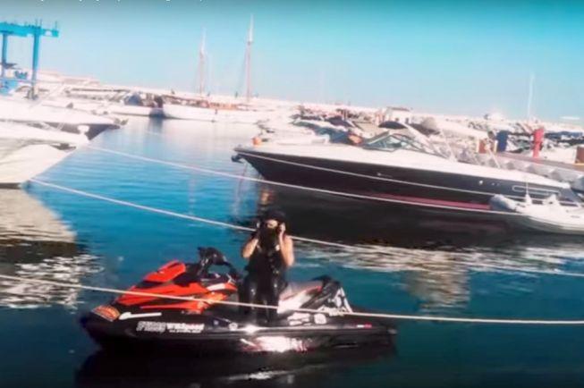 Калейдоскоп, Финн обошел Европу по морю на водном мотоцикле | Финн обошел Европу по морю на водном мотоцикле