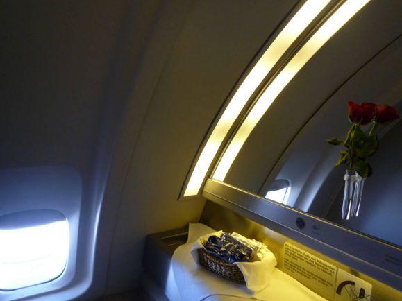Калейдоскоп, Пилоту шведского пассажирского самолета пришлось прорубаться в туалет с топором | Пилоту шведского пассажирского самолета пришлось прорубаться в туалет с топором