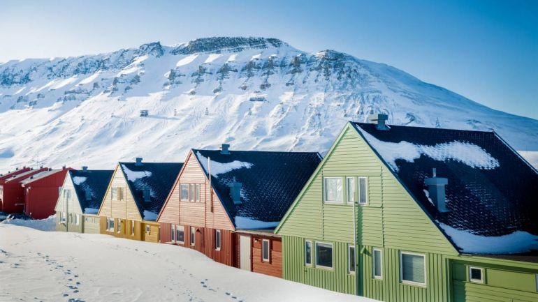 Общество, Норвежские «зелёные» предложили поселить беженцев на Шпицбергене | Норвежские «зелёные» предложили поселить беженцев на Шпицбергене