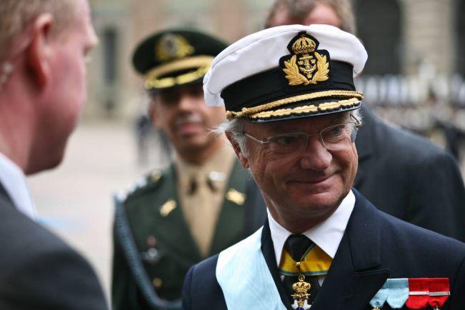 Общество, Король Швеции регулярно читает местную деловую прессу | Король Швеции регулярно читает местную деловую прессу