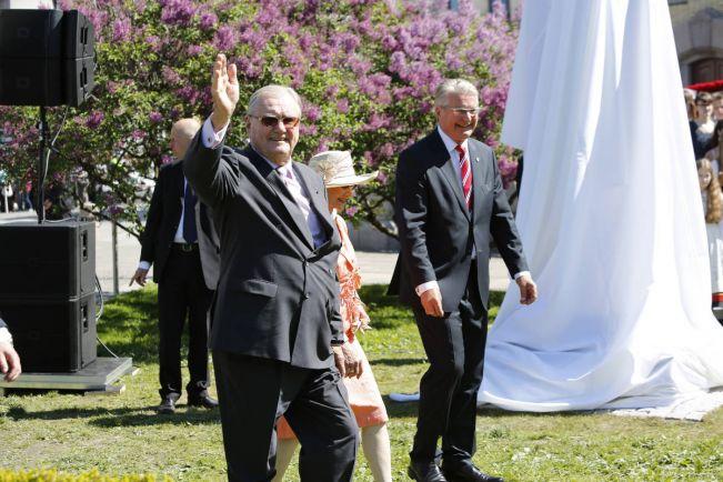 Общество, Датский принц ушёл на пенсию | Датский принц ушёл на пенсию