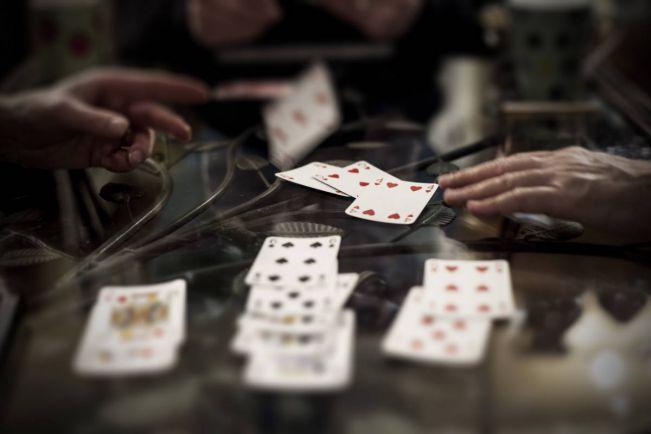Калейдоскоп, Пенсионеров из Скандинавии арестовали в Таиланде за игру в бридж | Пенсионеров из Скандинавии арестовали в Таиланде за игру в бридж
