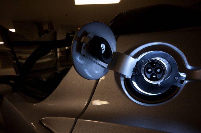 Калейдоскоп, Норвежского автоугонщика подвели аккумуляторы электромобиля | Норвежского автоугонщика подвели аккумуляторы электромобиля