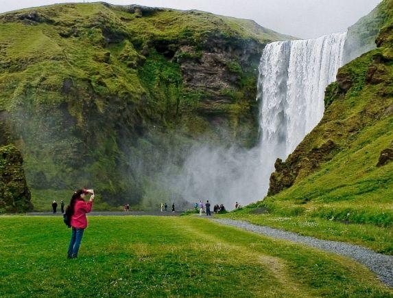 Туризм, Туристы не помещаются в Исландии | Туристы не помещаются в Исландии
