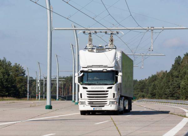 Общество, В Швеции заработало первое в мире «электрическое шоссе» | В Швеции заработало первое в мире «электрическое шоссе»