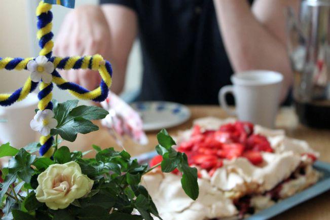 Рецепты, Шведский клубничный торт на Midsummer | Шведский клубничный торт на Midsummer