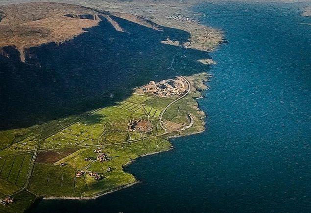 Туризм, У берегов Исландии едва не утонула американская семья в автомобиле | У берегов Исландии едва не утонула американская семья в автомобиле