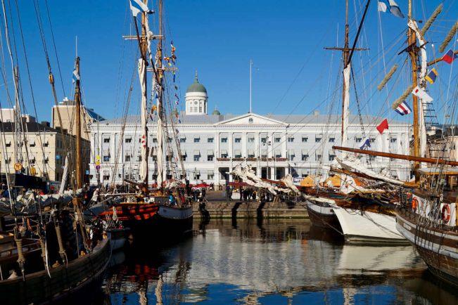 Туризм, В Хельсинки завершилась традиционная ярмарка салаки | В Хельсинки завершилась традиционная ярмарка салаки