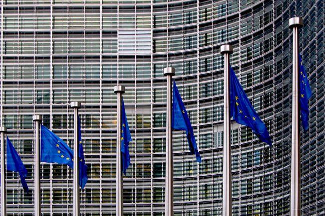 Общество, Еврокомиссия разрешила продлить пограничный контроль внутри Союза ещё на три месяца | Еврокомиссия разрешила продлить пограничный контроль внутри Союза ещё на три месяца