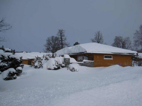 Калейдоскоп, Снежная буря оставила без электричества 10 000 домов на юге Норвегии | Снежная буря оставила без электричества 10 000 домов на юге Норвегии