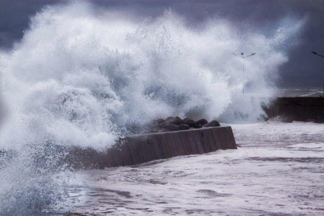 Калейдоскоп, В Балтийском море зарегистрирована рекордная высота волны | В Балтийском море зарегистрирована рекордная высота волны