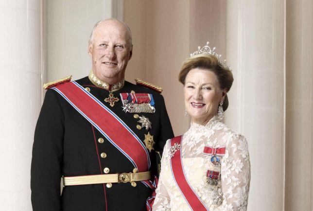 Общество, Норвежцы поздравили своего короля с 80-летием | Норвежцы поздравили своего короля с 80-летием