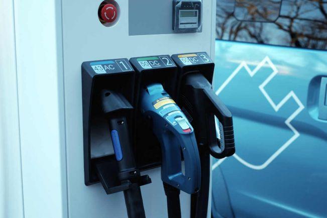 Калейдоскоп, Шведская полиция присматривается к электромобилям | Шведская полиция присматривается к электромобилям