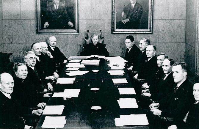 Статьи Общество, Мийна Силланпяя - первая женщина-министр Финляндии | Мийна Силланпяя - первая женщина-министр Финляндии