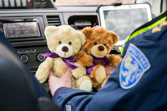Калейдоскоп, Эстонскую полицию вооружат плюшевыми медведями | Эстонскую полицию вооружат плюшевыми медведями