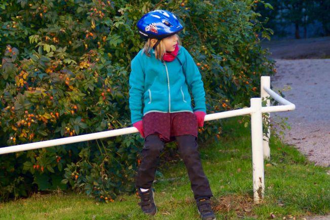 Калейдоскоп, Датские полицейские обнимают велосипедистов за езду в шлемах | Датские полицейские обнимают велосипедистов за езду в шлемах