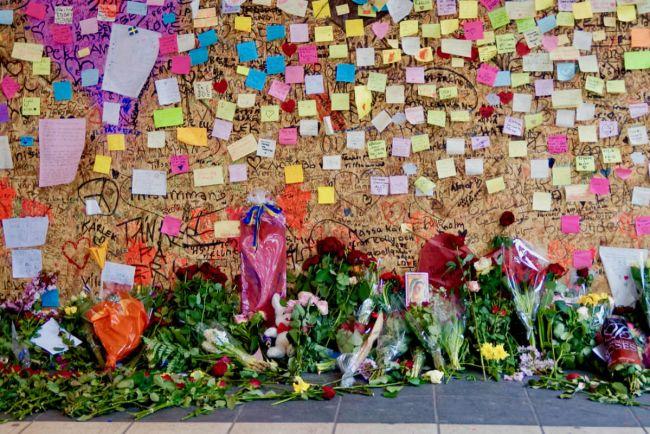 Общество, Полиция сообщила о гибели двух человек во время предполагаемого террористического акта в Стокгольме | Полиция сообщила о гибели двух человек во время предполагаемого террористического акта в Стокгольме