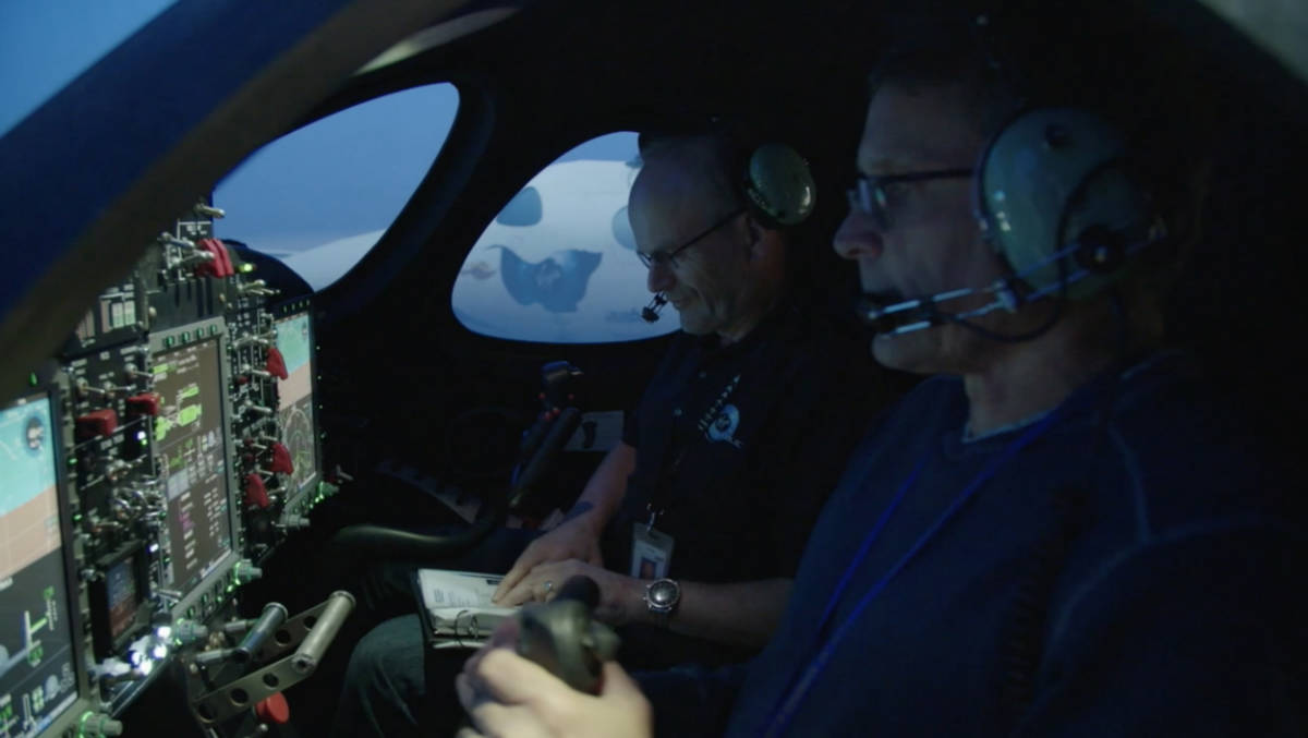Фото:Virgin Galactic / Chief Pilot David Mackay and Lead Test Pilot Mark