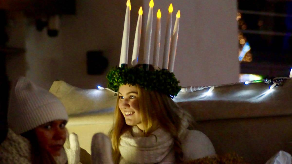 Фото: Алексей Чемоданов / День Святой Люсии в Хельсинки 13 декабря 2015 года