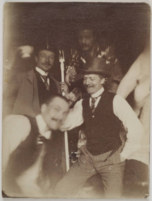 Gallen-Kallelan Museo FollowAxel Gallén (on the left) and Emil Wikström (in striped trousers) with friends at Académie Julian in Paris, 1889.