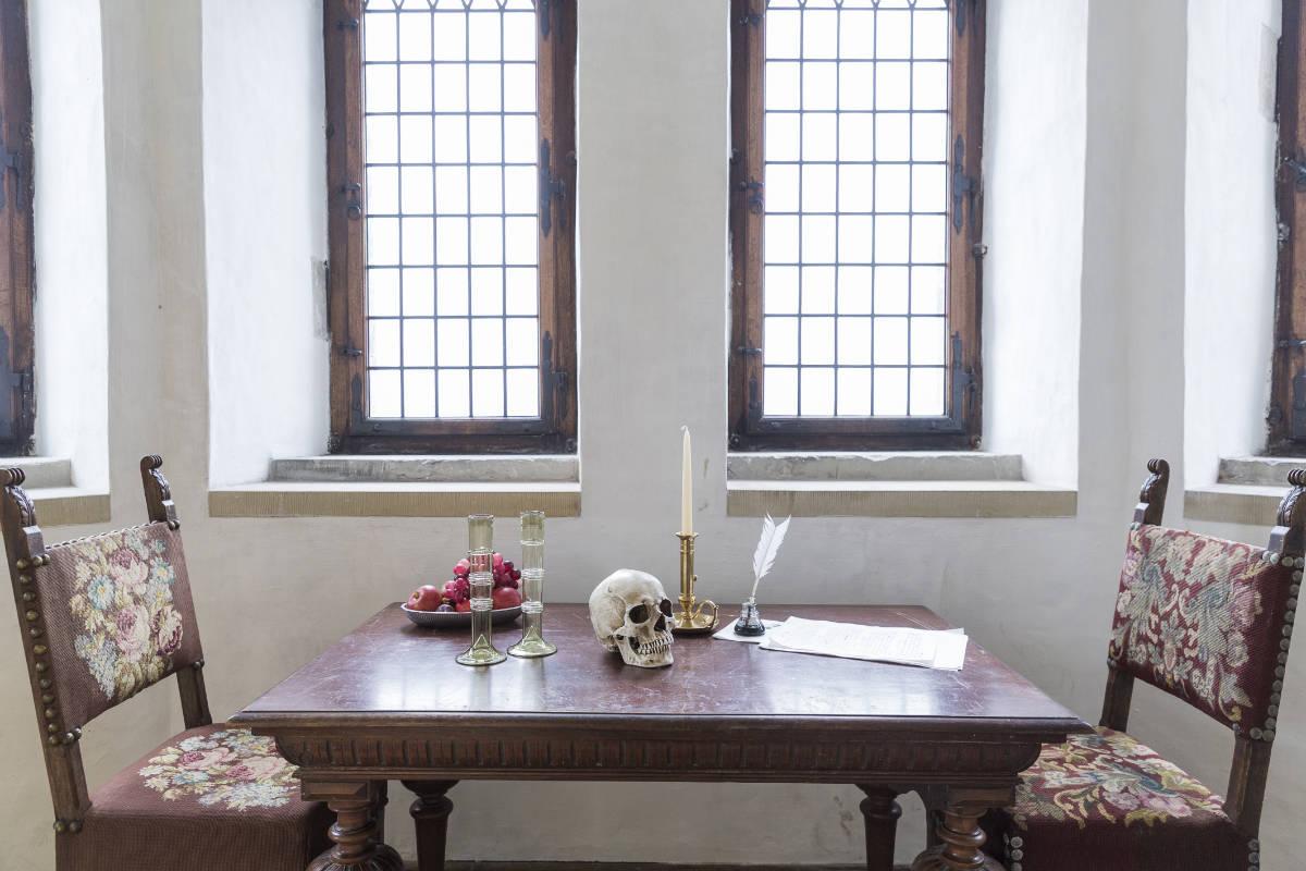 Фото: Lior Zilberstein/ Письменный стол Шекспира