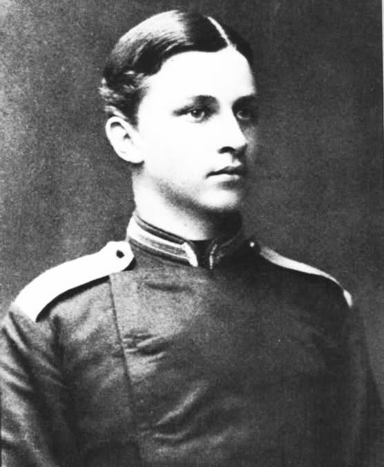 wikipedia /Густаф Маннергейм кадет. 1884 г.