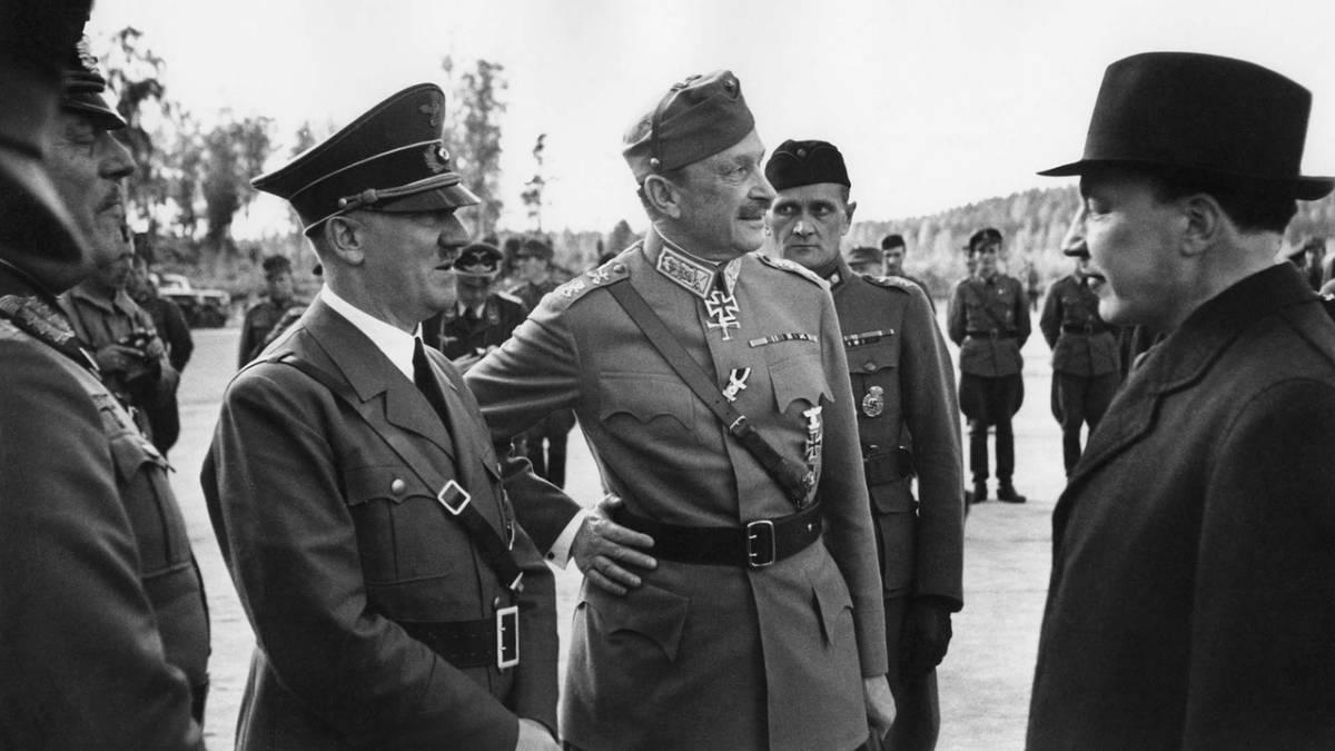 Финский музей Фотографии /1942, Финляндия, Адольф Гитлер прибыл в Финляндию на празднование 75-летия Маннергейма