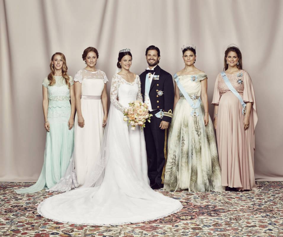 Фото: Boaz Guttman / Miss Sara Hellqvist, Miss Lina Hellqvist, H.R.H. Princess Sofia, H.R.H. Prince Carl Philip, H.R.H. Crown Princess Victoria, H.R.H. Princess Madeleine