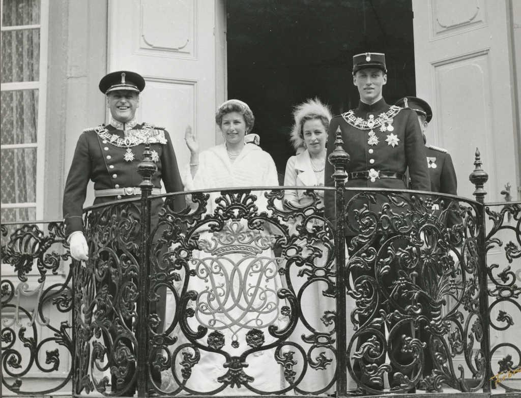 Фото: Klaus Forbregd/ Король Олав V (1958 г.)