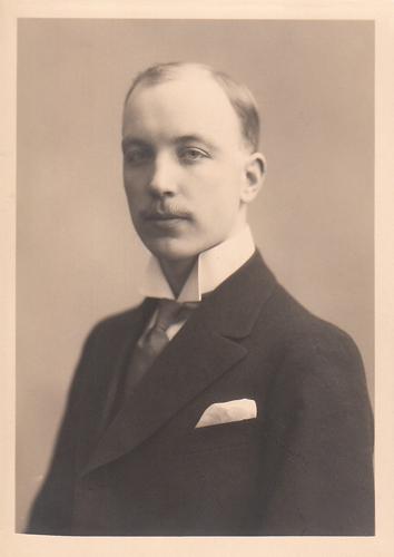 Ристо Рюти молодой студент 1920 г. (Частная коллекция)