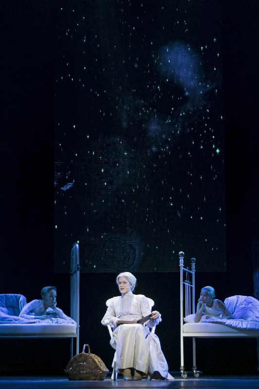 Финская национальная опера / Финский национальный балет/ © 2012 Sakari Viika /Rasmus Ahlgren, Krista Kosonen, Rosa Säilynoja