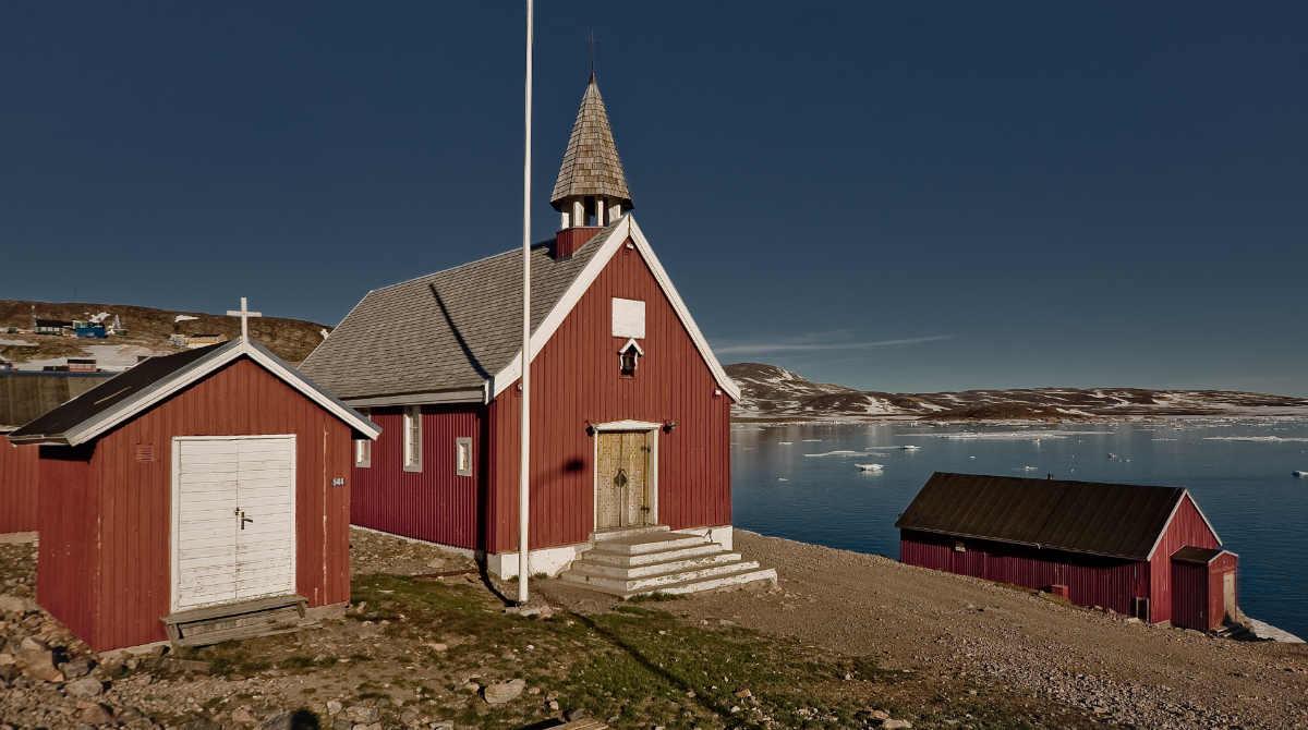 Фото: Вячеслав Титов / Современная церковь в Гренландии