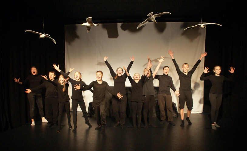 «Научиться летать» студии театра «Арт-Мастер». Ювяскюля, Финляндия