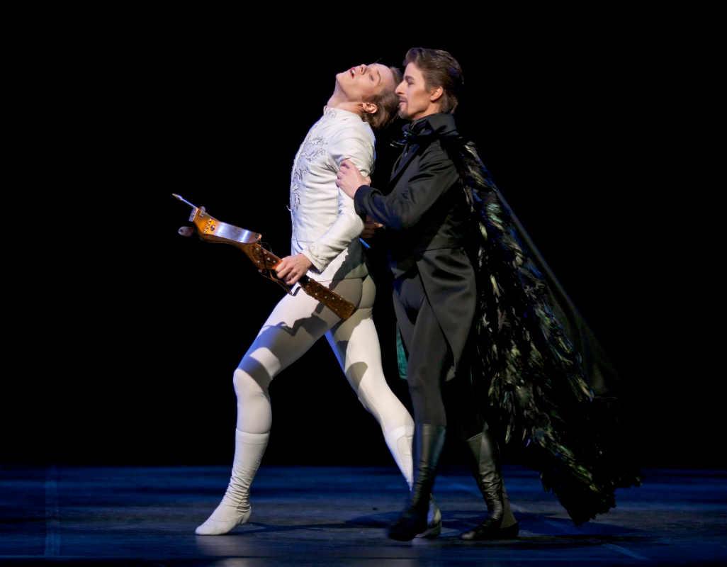 Финский национальный балет © 2009 Захари Виика / Эндрю Боумен, Вильфрид Якобс