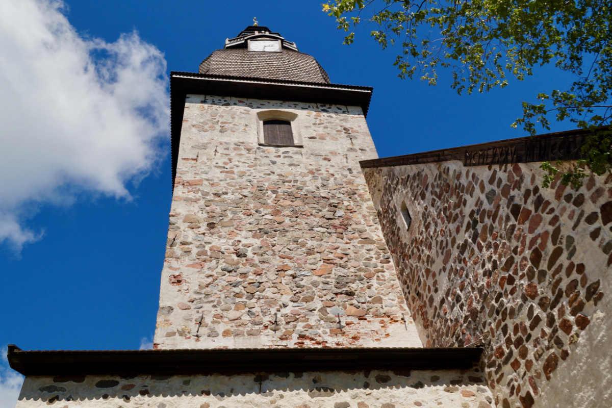 ScandiNews/ Церковь в городе Наантали. Финляндия
