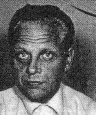 Ганс Эссман (1923-1998) был предполагаемым шпионом КГБ и жил в Финляндии в 50-60-е годы. Бывший полицейский Матти Палоаро утверждает, что Эссманн позвонил ему в декабре 1997 года и попросил приехать послушать историю его жизни. По словам Палоаро, Эссманн сказал, что он служил в войсках СС, а также был охранником в Освенциме во время Второй мировой войны.