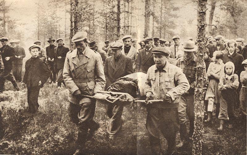 Найдено тело Кюлликки Саари. Фото из газеты Suomen kuvalehti N-43 от 24.10.1953 года