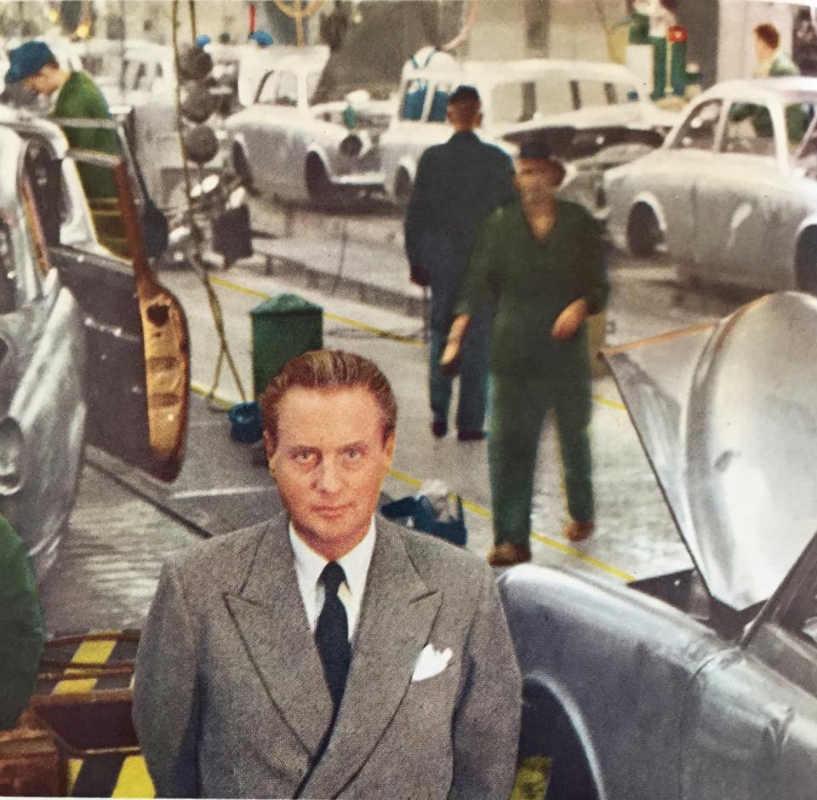 Фото: volvoamazonpictures.se/ Внедрять в производство первые системы безопасности довелось Гуннару Ингеллау, президенту Volvo
